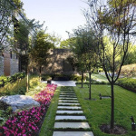Садовые дорожки из плит