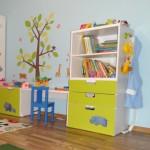 полки для хранения детских книг