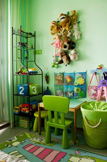 Детский уголок в однокомнатной квартире для ребенка в 2 года