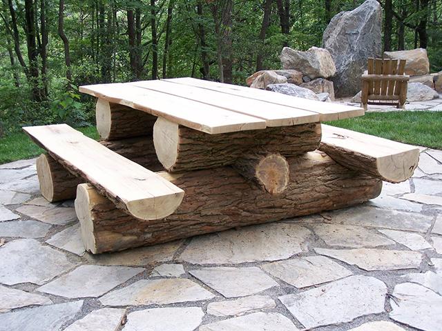 Мебель для дачи из бревна своими руками 35