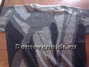 лежанка из старого свитера
