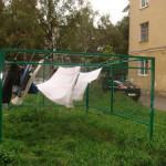 сушка белья во дворе
