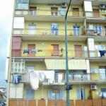 сушить белье за балконом