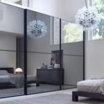 зеркальные поверхности в малогабаритной квартире