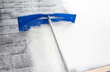 приспособления для чистки снега с крыши